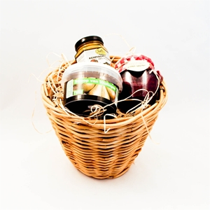 Basket with treacle, marmelade and mustard